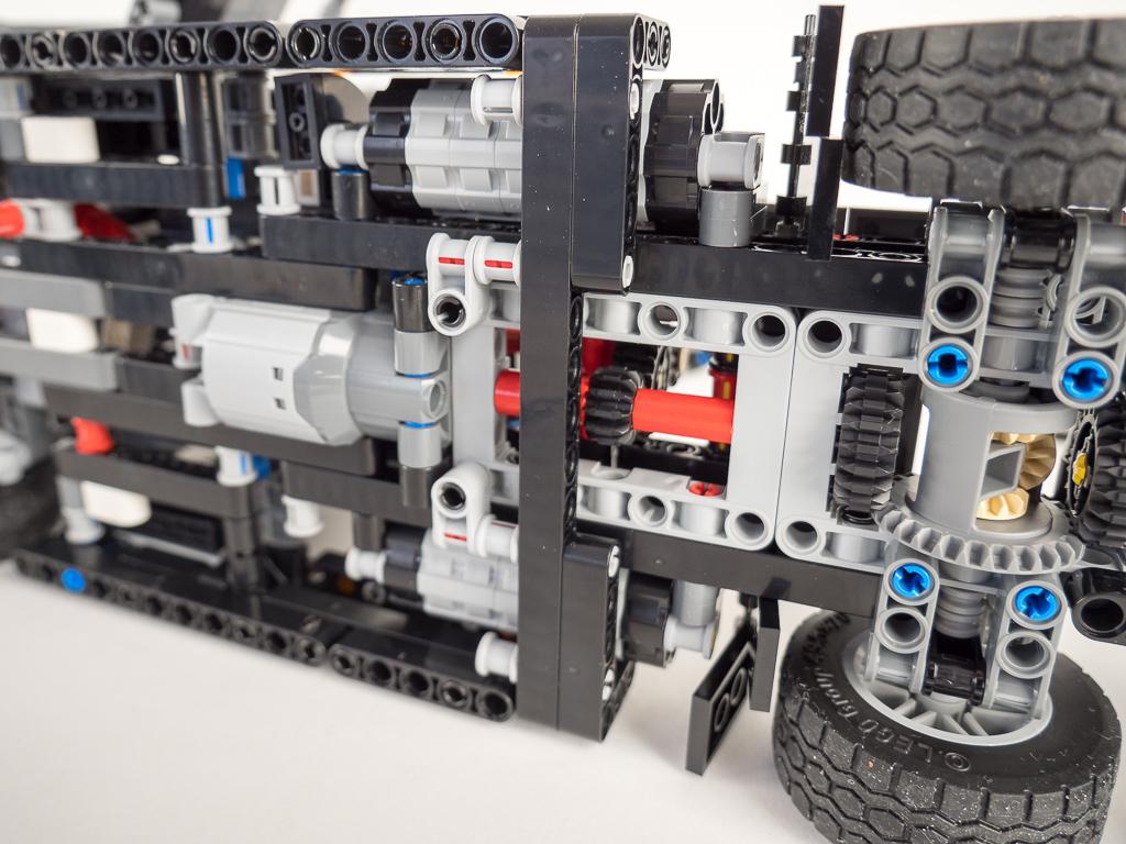 Lego Technic 42078 Mack Anthem test RC mod images ...